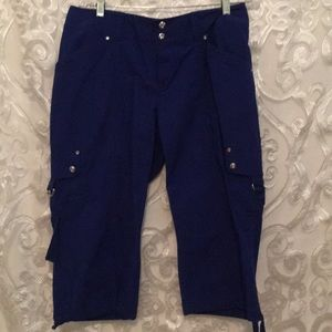 Adorable blue capris, adjustable legs.